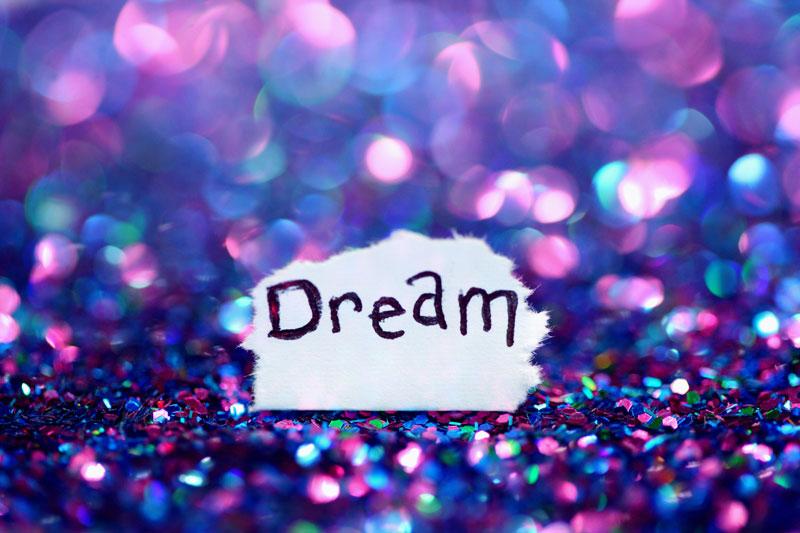 Thema Träume verwirklichen und seine Kombinationen im Lenormand